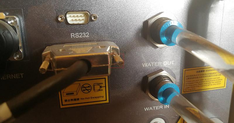 Maintenance methods of fiber laser source, fiber laser head and chiller in autumn